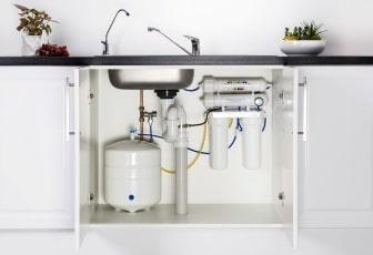 Фото услуг по установке фильтра для воды